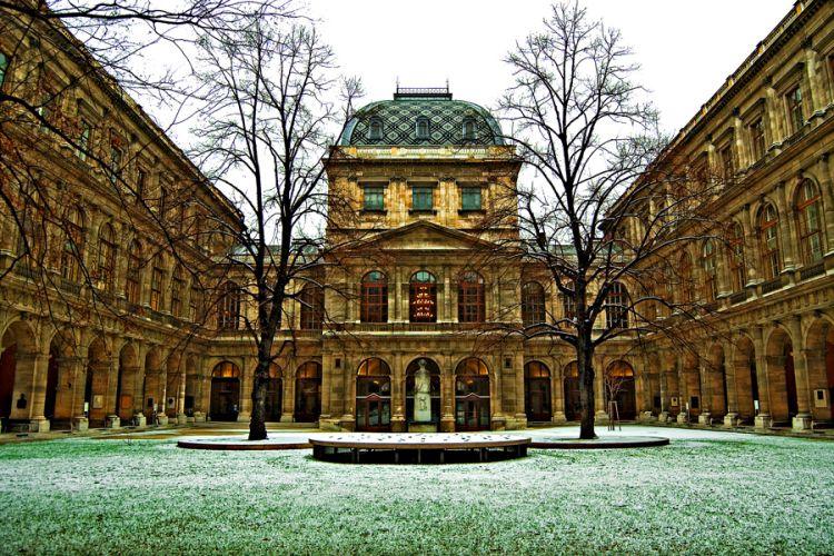 تحصیل در دانشگاه وین اتریش