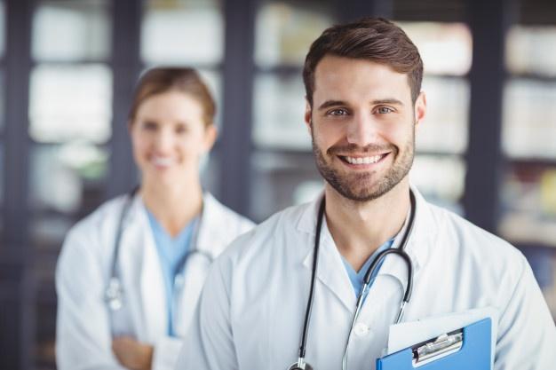تحصیل در رشته ی پزشکی